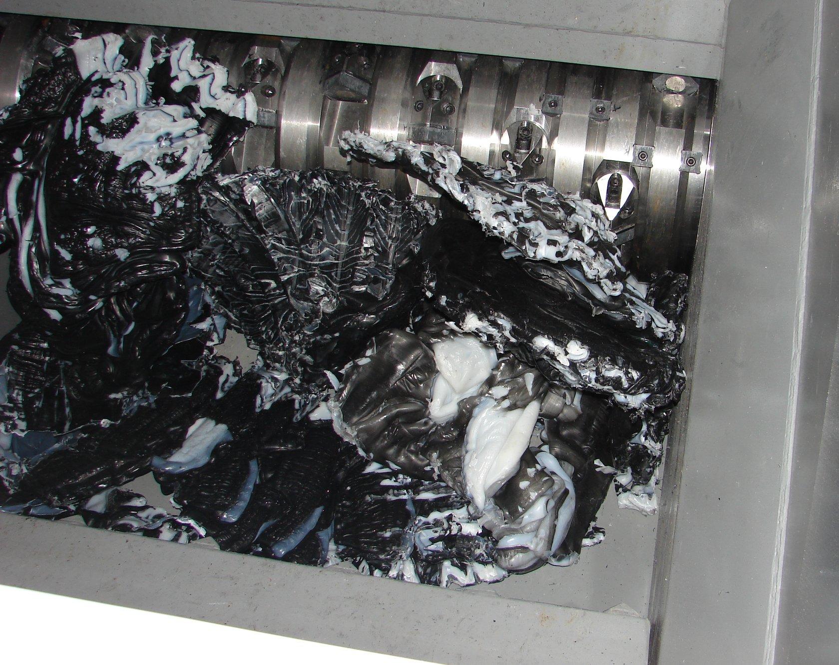 Sistema de trituración del material plástico HD